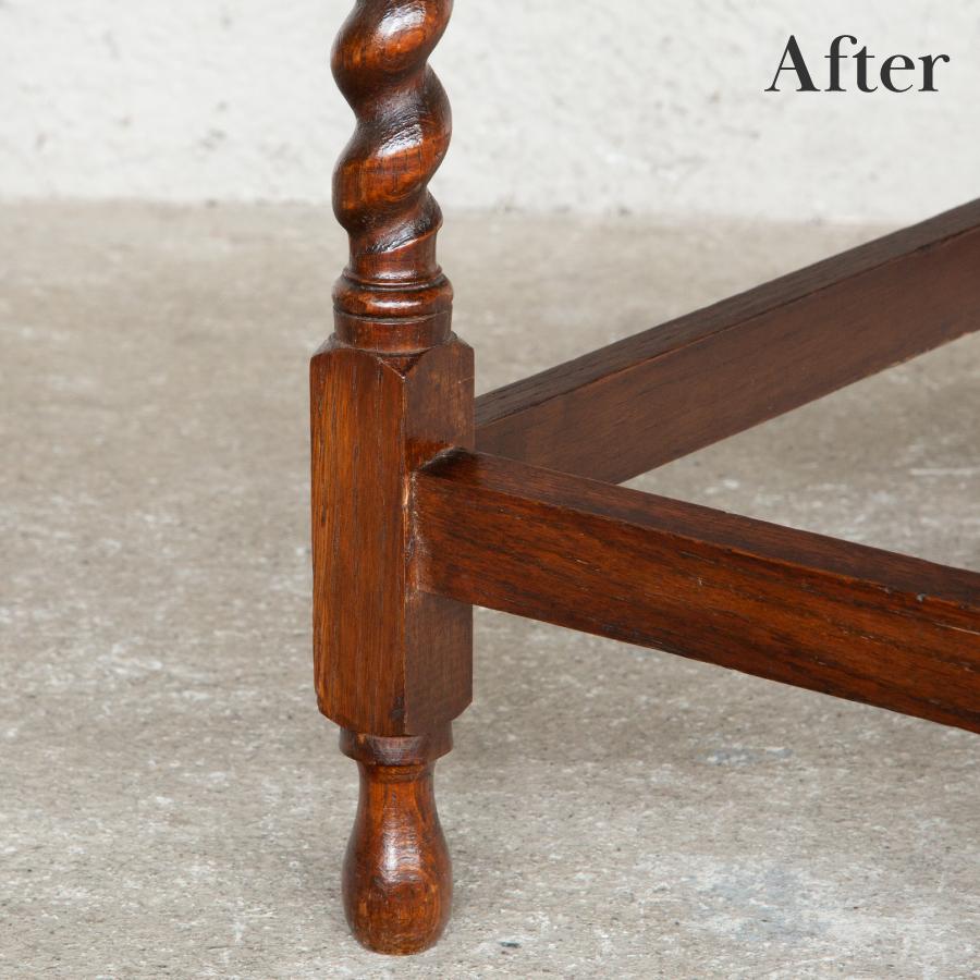 アンティークサイドテーブルの脚