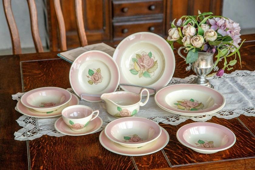 人気の英国アンティーク陶器『スージー・クーパー』の魅力を紹介