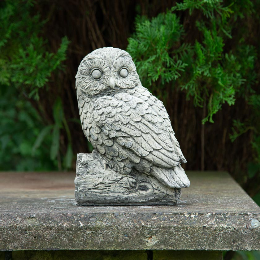 【ガーデンストーン】幸運を呼ぶといわれている森の哲学者 木の上のフクロウ